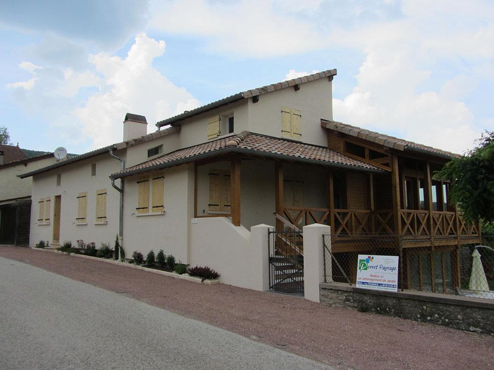 Extension d 39 une maison mancey sa ne seille charpente for Extension maison 85